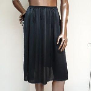 Adonna for JCPENNEY Black Petticoat half slip